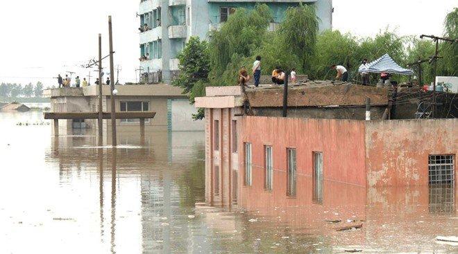 Lũ lụt ở đông bắc Triều Tiên khiến ít nhất 133 người thiệt mạng. Ảnh: KCNA.