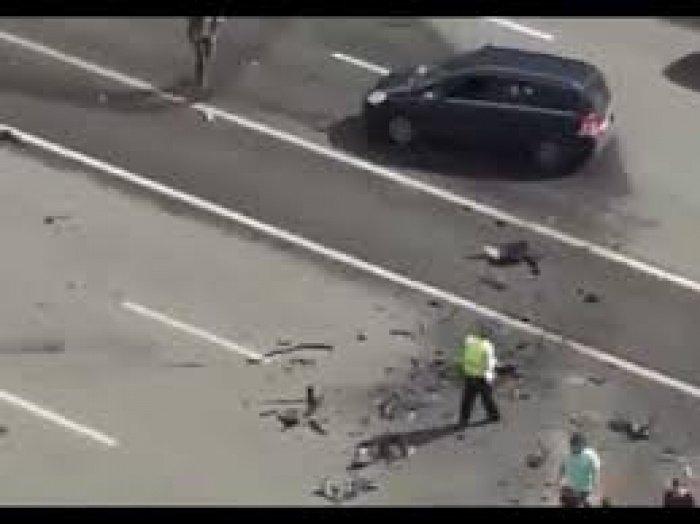 Hình ảnh được cho là tai nạn của chiếc xe chở Tổng thống Putin trên đường phố Moskva
