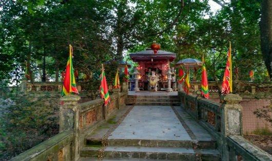 Cụm di tích đền thờ và lăng mộ Kinh Dương Vương