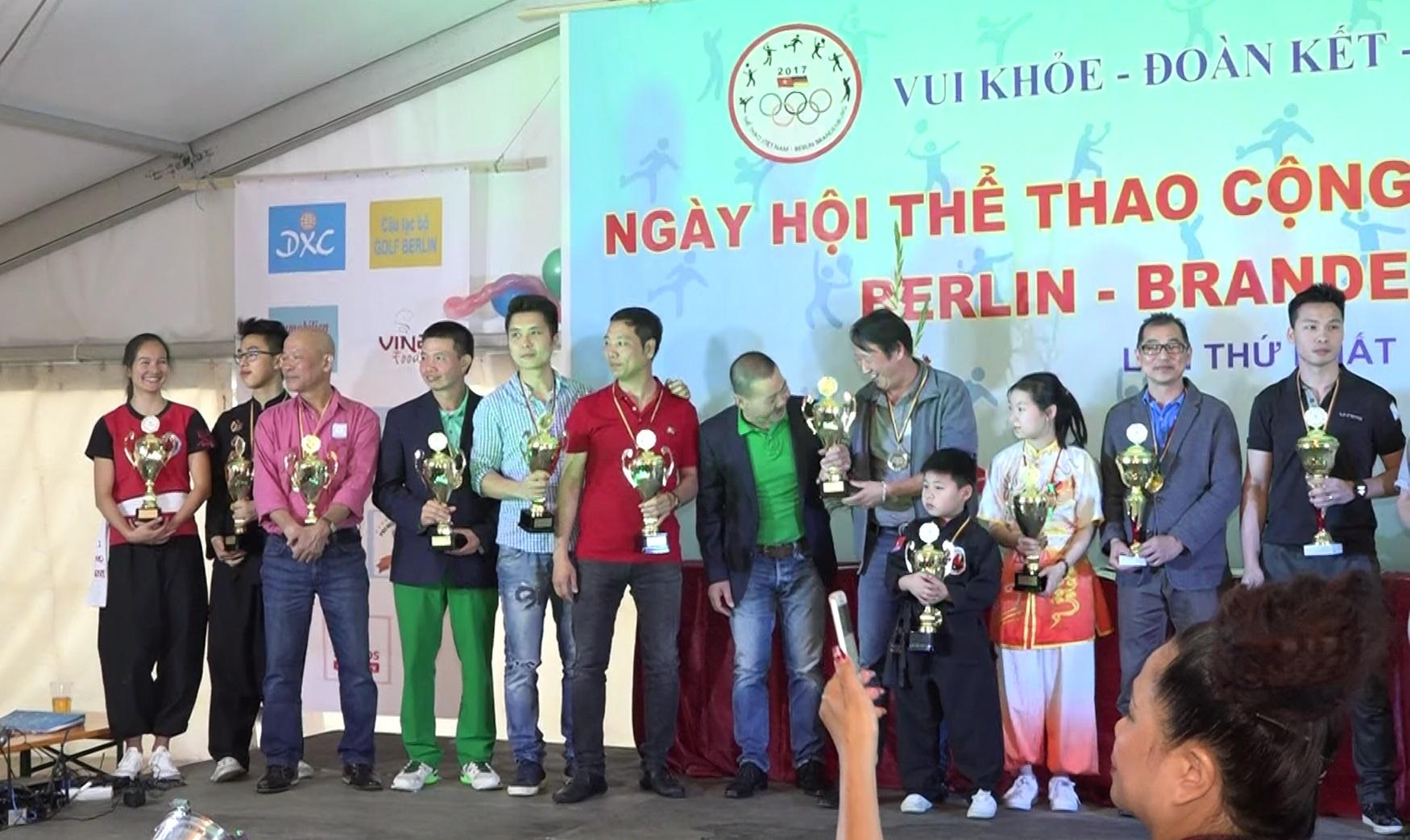 Tưng bừng Ngày hội thể thao cộng đồng Việt Berlin-Brandenburg